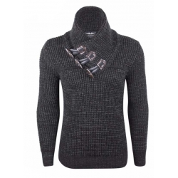 Pull homme noir grosse maille à col montant