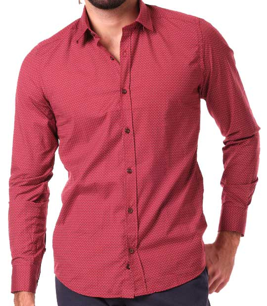 chemise à petits motifs